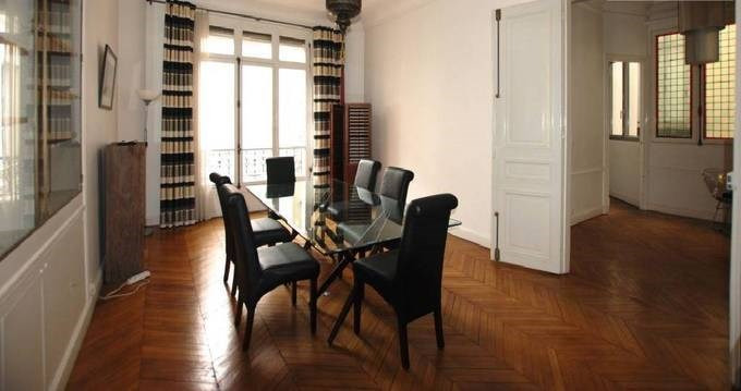 Location appartement Paris 8ème 5 240€ CC - Photo 5