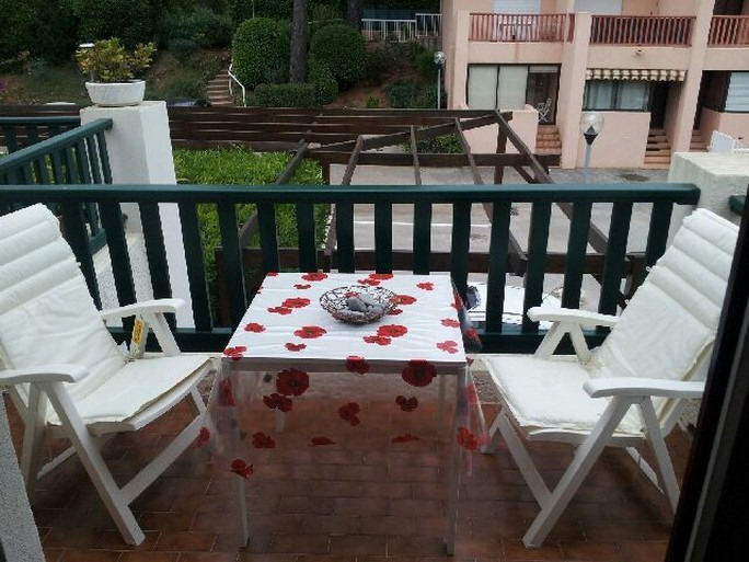 Vacation rental apartment Bandol 270€ - Picture 5