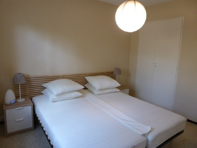 Vacation rental apartment Bandol 380€ - Picture 6
