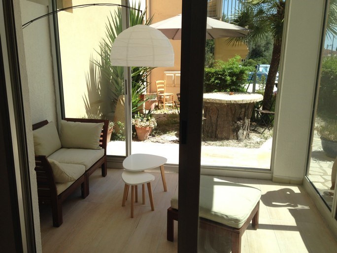 Location vacances appartement Bandol 485€ - Photo 3