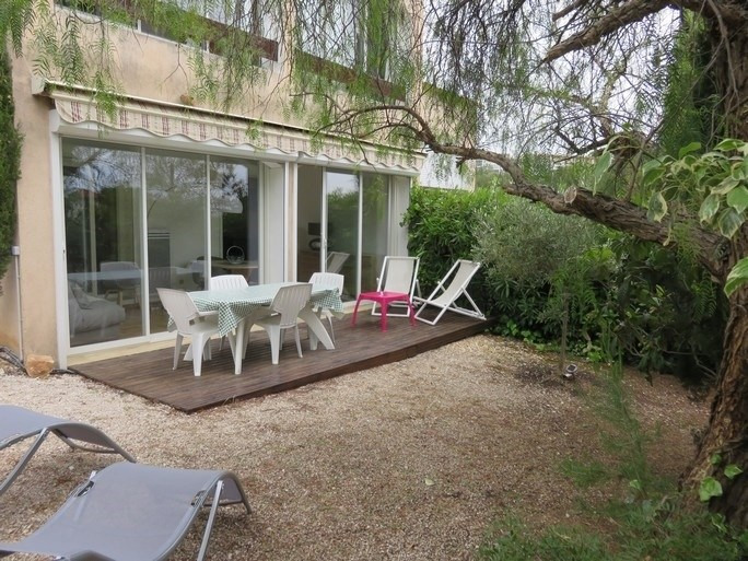 Vacation rental apartment Bandol 365€ - Picture 1