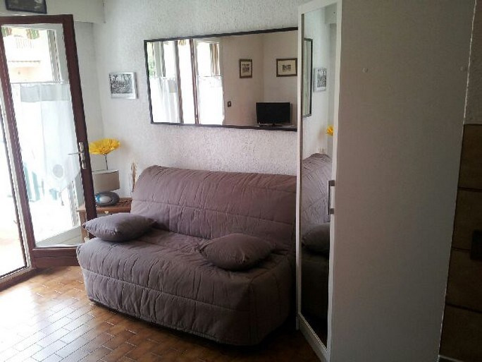Vacation rental apartment Bandol 270€ - Picture 6