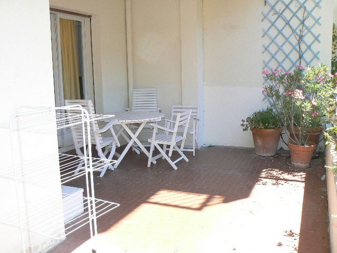 Vacation rental apartment Bandol 490€ - Picture 8