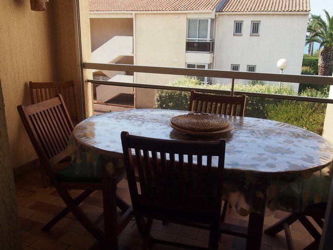 Location vacances appartement Sanary sur mer 690€ - Photo 3