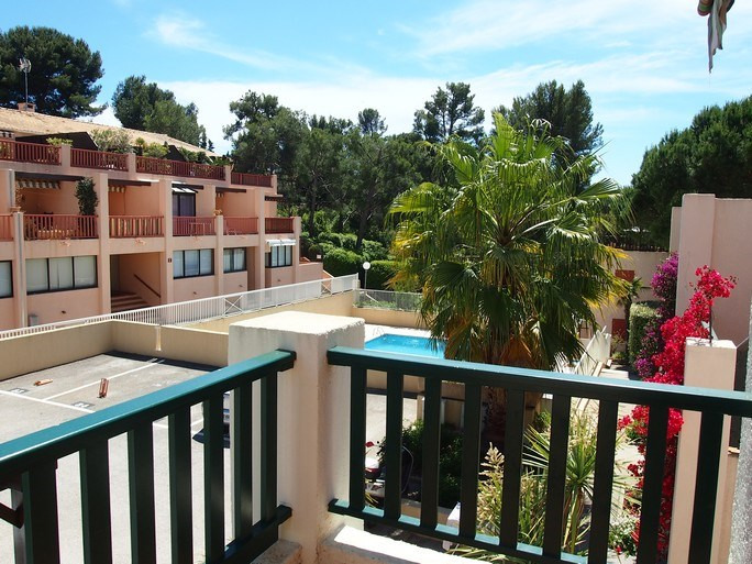 Vacation rental apartment Bandol 270€ - Picture 2