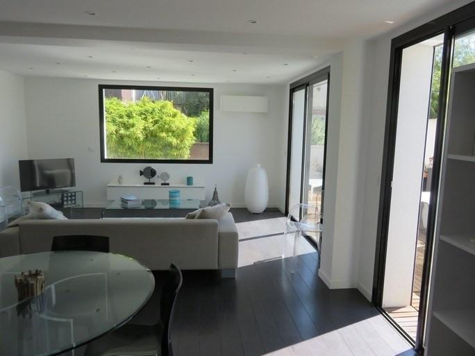 Vacation rental house / villa Bandol 740€ - Picture 1