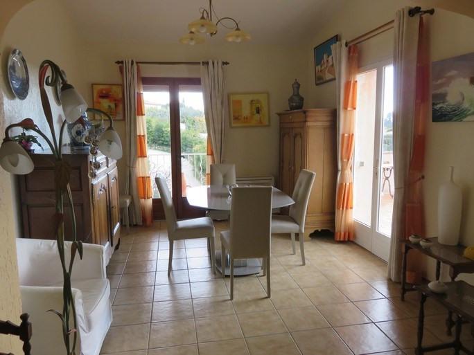 Location maison / villa Ste anne du castellet 2030€ CC - Photo 5