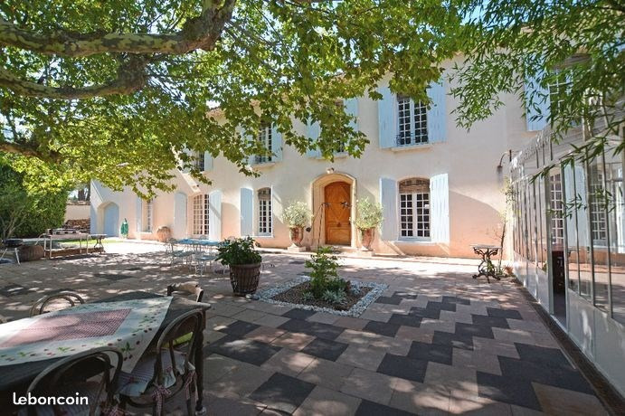 Deluxe sale house / villa Orange 770 000€ - Picture 2