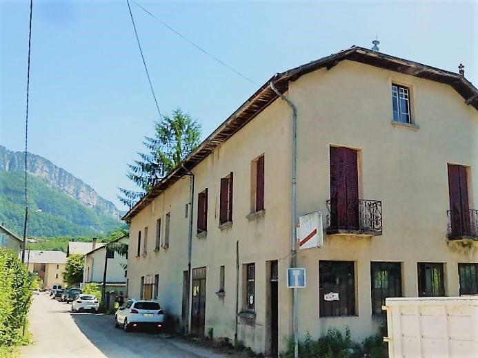 Vente immeuble Saint-laurent-du-pont 185000€ - Photo 1