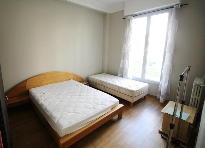 Location appartement Nice 1 350€ CC - Photo 2