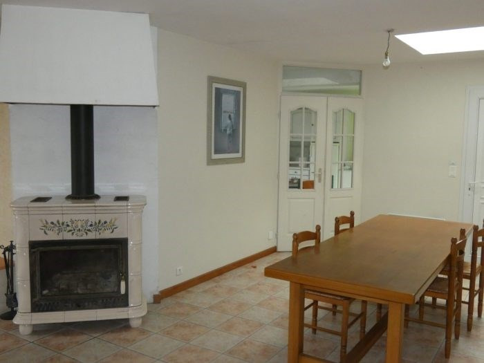 Investment property house / villa La chapelle-basse-mer 346 150€ - Picture 2