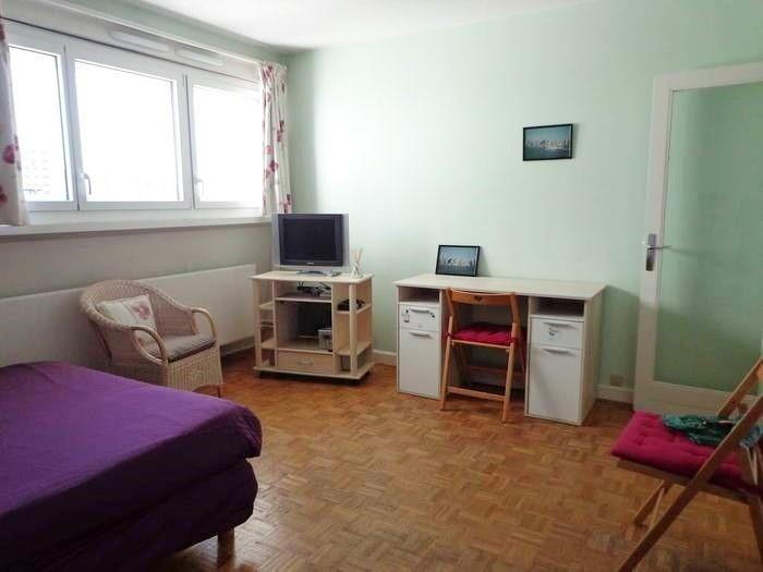 Sale apartment Paris 15ème 272000€ - Picture 2