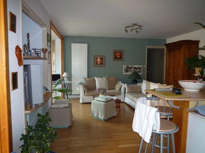 Sale apartment La roche-sur-yon 166400€ - Picture 2