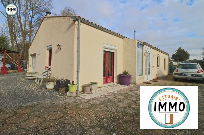 Vente maison / villa Saint-fort-sur-gironde 139 000€ - Photo 1