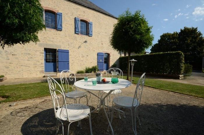 Sale house / villa Boufféré 453000€ - Picture 2