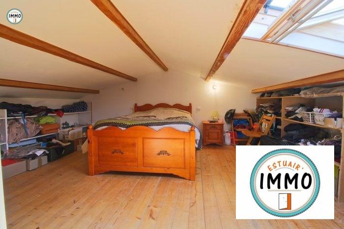 Sale house / villa Mortagne sur gironde 192960€ - Picture 8