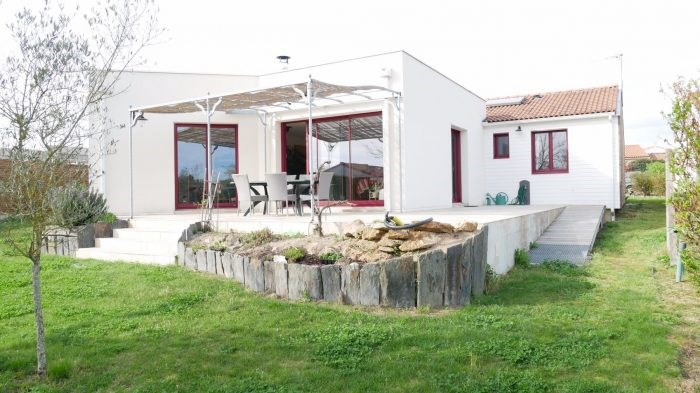 Investment property house / villa Gorges 318000€ - Picture 1