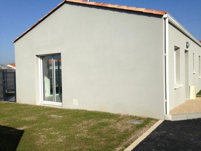 Sale house / villa Saint-hilaire-de-loulay 139500€ - Picture 2