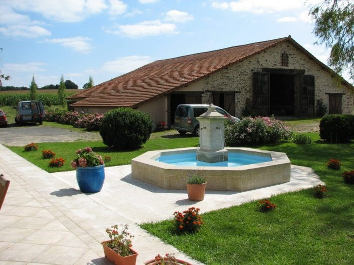 Deluxe sale house / villa Chantonnay 648 000€ - Picture 2