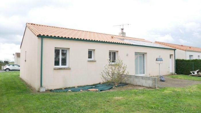 Sale house / villa Boussay 178900€ - Picture 1