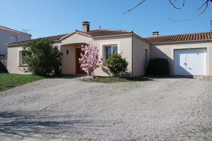 Sale house / villa L'herbergement 229000€ - Picture 1