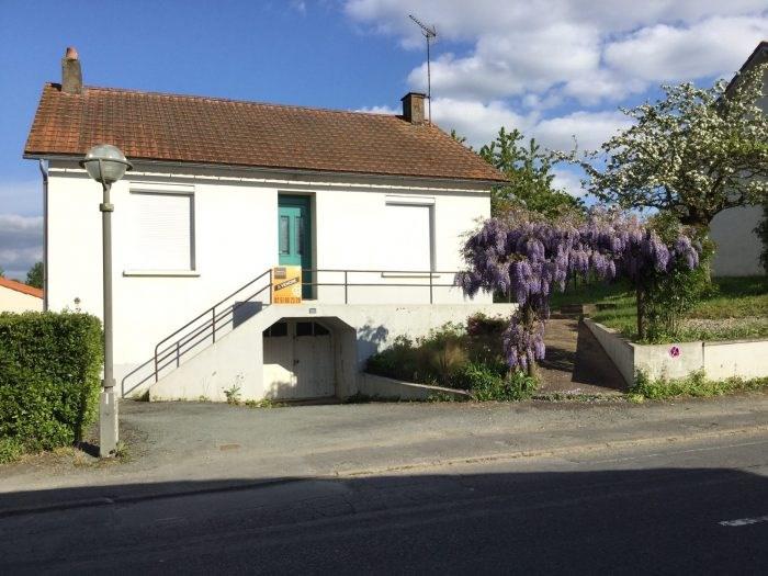 Sale house / villa Saint-georges-de-montaigu 125400€ - Picture 1
