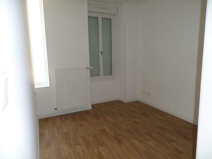 Location appartement Vallet 641€ CC - Photo 1