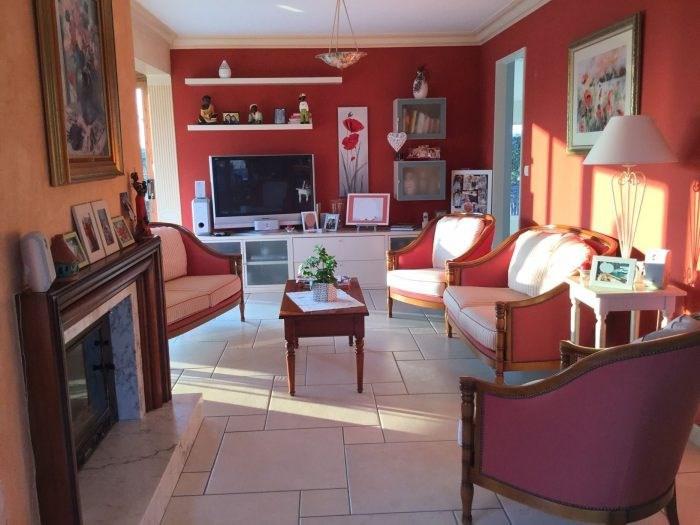 Sale house / villa Saint-georges-de-montaigu 251000€ - Picture 3