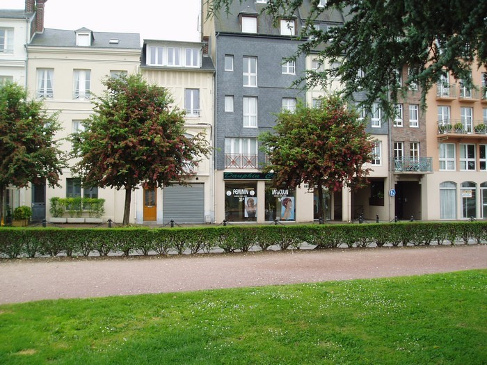 Location boutique Honfleur 850€ HT/HC - Photo 2