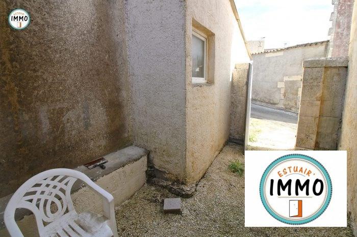 Rental house / villa Saint-fort-sur-gironde 520€ CC - Picture 2