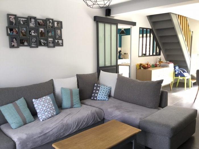 Sale house / villa Montaigu 169999€ - Picture 2