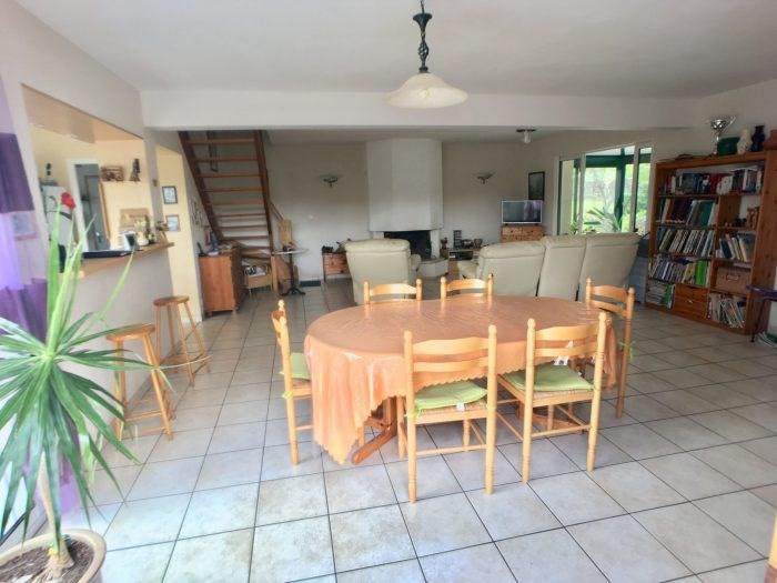 Sale house / villa Chavagnes-en-paillers 276000€ - Picture 2