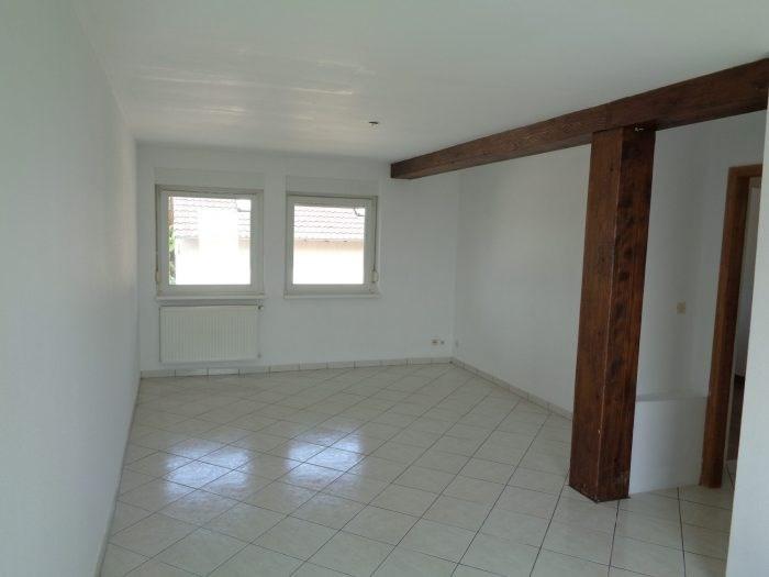 Rental apartment Gunstett 555€ CC - Picture 2