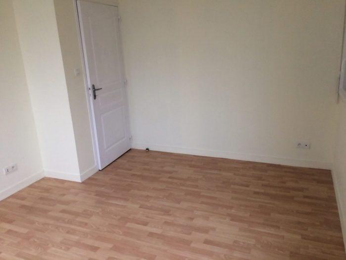 Location appartement La verrie 508€ CC - Photo 3