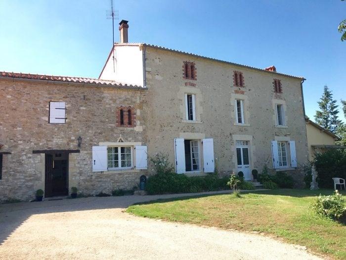 Deluxe sale house / villa Chantonnay 573000€ - Picture 3