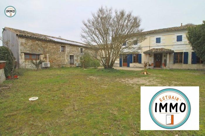 Deluxe sale house / villa Plassac 446200€ - Picture 1