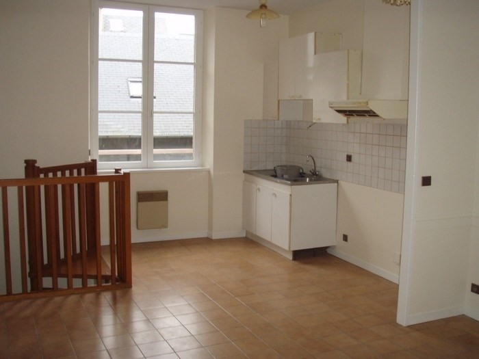 Rental apartment Honfleur 431€ CC - Picture 1