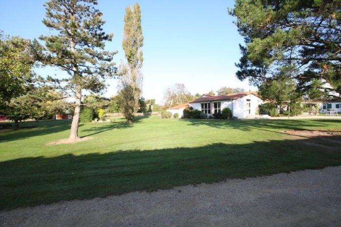 Deluxe sale house / villa Le bignon 979000€ - Picture 10