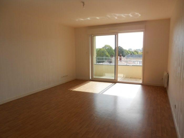 Rental apartment La roche-sur-yon 622€ CC - Picture 1