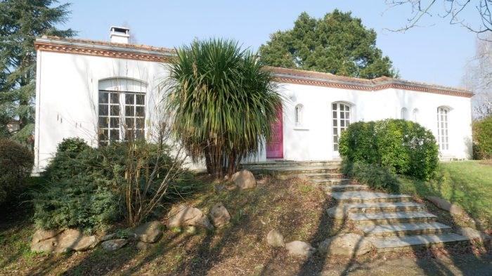 Sale house / villa Clisson 378000€ - Picture 1
