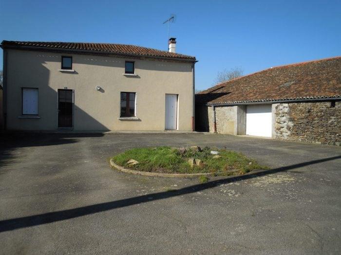 Location maison / villa Le puiset-doré 477€ CC - Photo 1