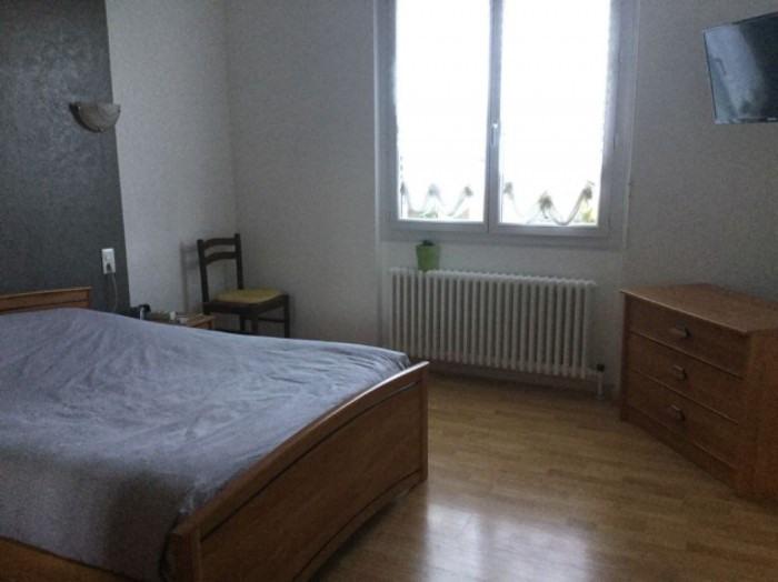 Sale house / villa Nieul-le-dolent 168400€ - Picture 8