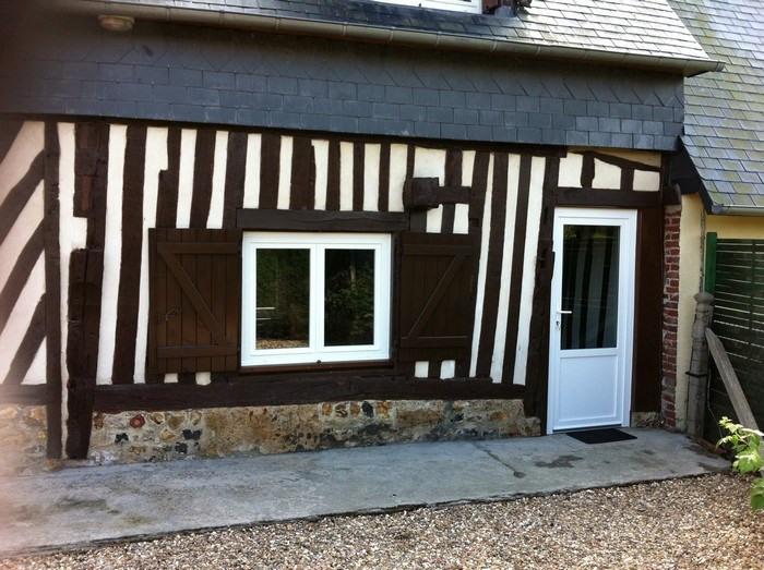Location maison / villa Fiquefleur-équainville 650€ CC - Photo 1