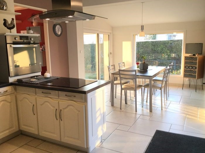 Sale house / villa Saint-georges-de-montaigu 251000€ - Picture 1