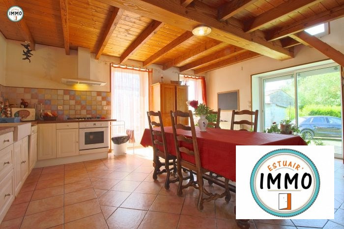 Sale house / villa Mortagne sur gironde 192960€ - Picture 4