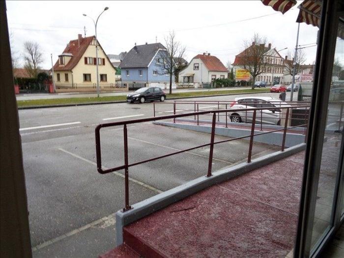 Location local commercial Haguenau 1700€ CC - Photo 1