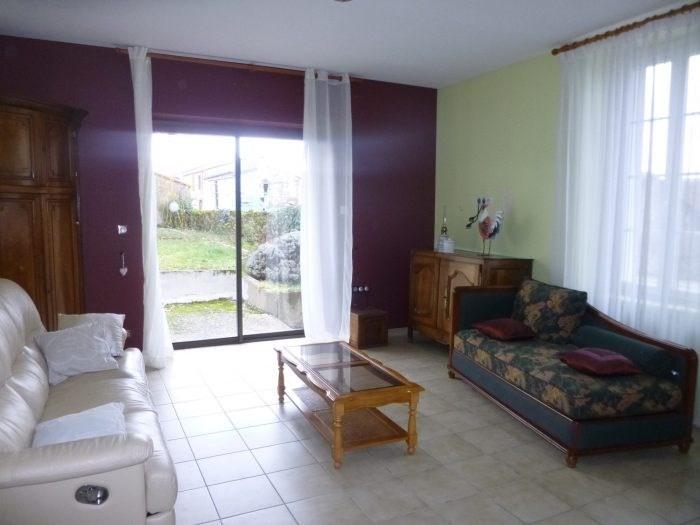 Sale house / villa Monnières 258490€ - Picture 1