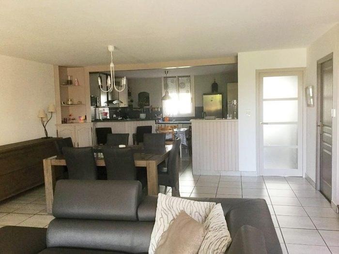 Sale house / villa Gesté 212900€ - Picture 1