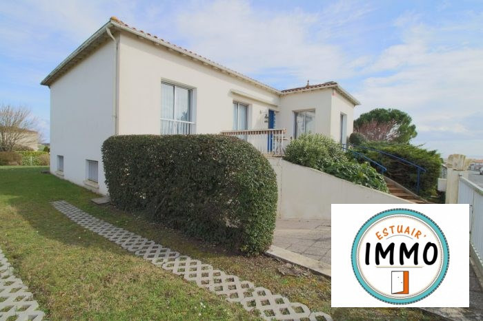 Sale house / villa Mortagne-sur-gironde 199500€ - Picture 1