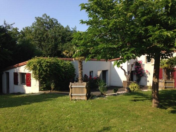 Sale house / villa Cugand 318000€ - Picture 1